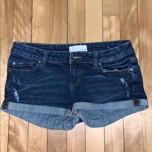 "Garage ""Flirty"" Jean shorts size 5"
